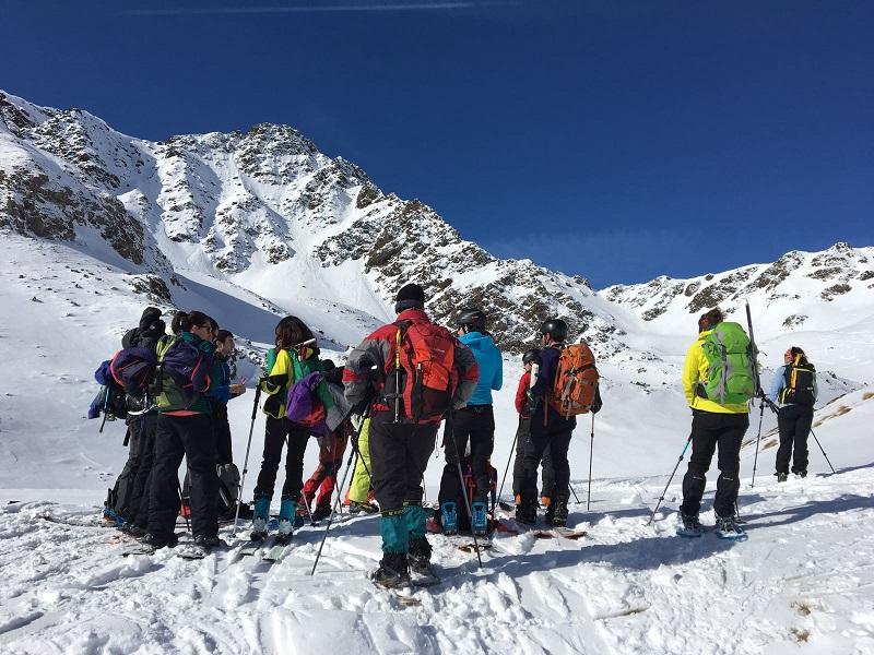 Esquiadors i raquetistes apunt